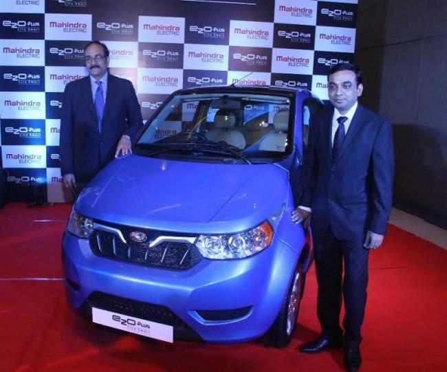 Mahindra drives in its new 'e2oPlus'