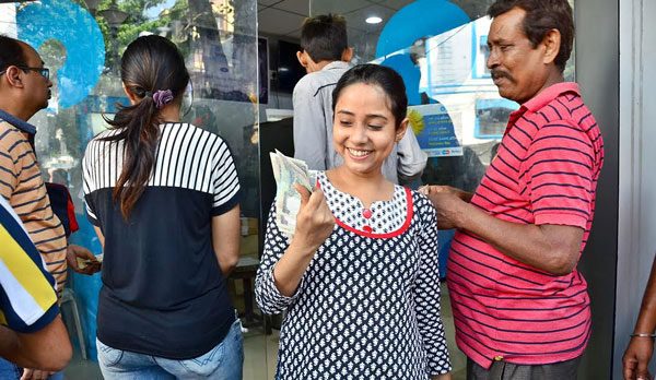 New series of Rs. 500 denomination notes introduced, withdrawal limits at ATMs increased
