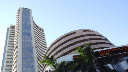 Indian markets close on positive note on Monday