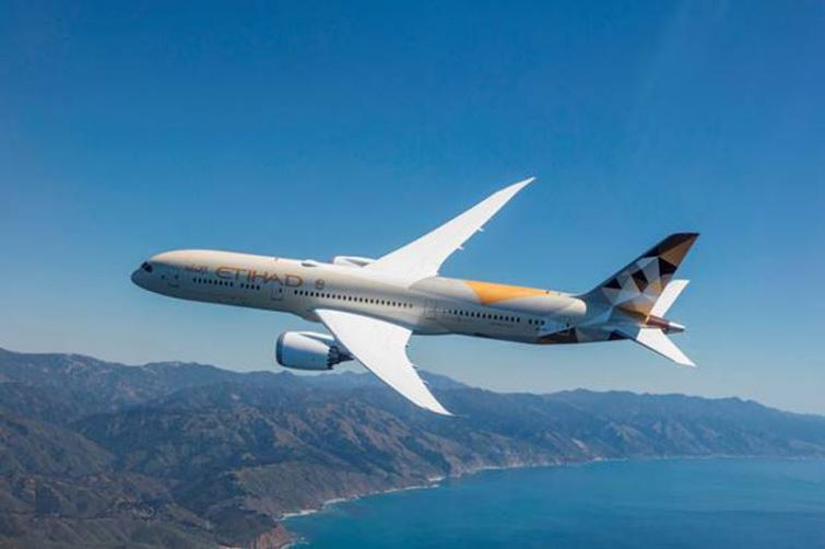 Etihad Airways adopts new real time flight tracking technology