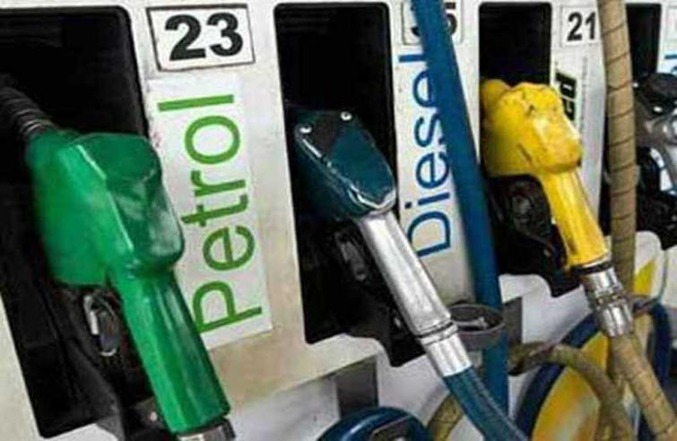 Indian Market: Diesel gets dearer by 6 p/l; petrol remains stable