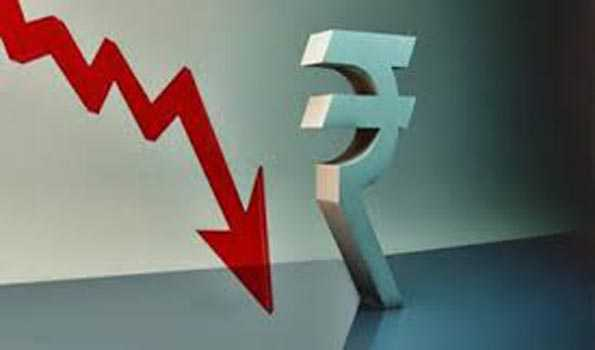 IndianRupee falls by 7 paise against USD
