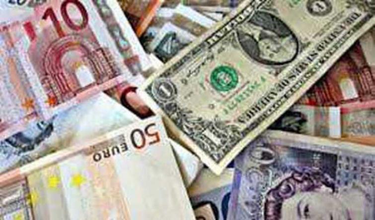 Pound, Euro up; USD down