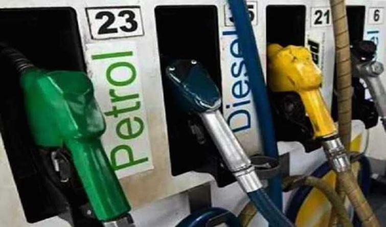Diesel gets cheaper by 5-6 paise a litre, petrol unchanged