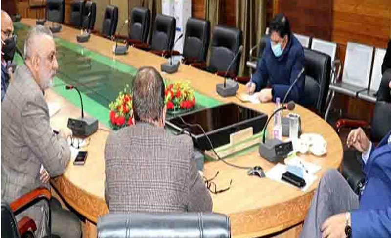 Jammu and Kashmir: Navin Choudhury chairs meeting to review quality of pesticides