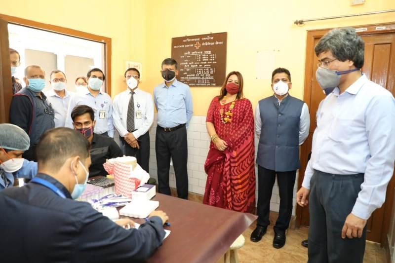 GRSE organizes free health camp for contractors' workmen