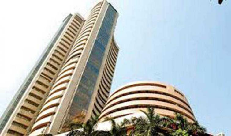 Indian Market: Sensex falls 143.36 points