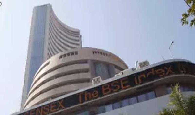Indian market: Sensex down 215 pts