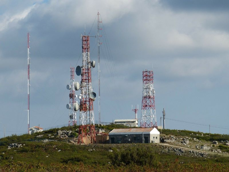 Union Cabinet approves four-year moratorium on spectrum installment