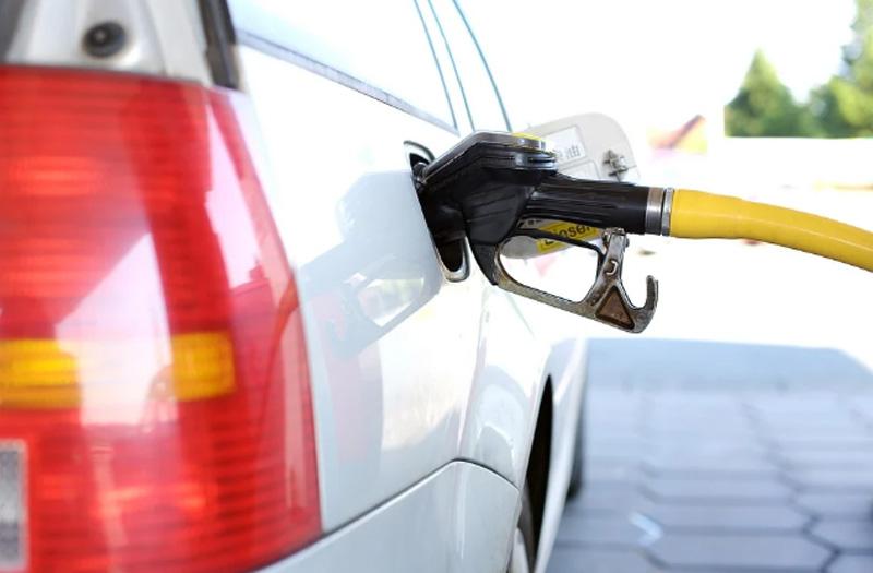 Petrol selling at Rs 88.99, diesel Rs 79.35 per litre in Delhi