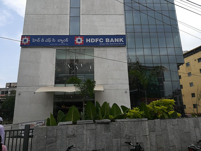 HDFC Bank partners with Paytm to launch co-branded credit cards