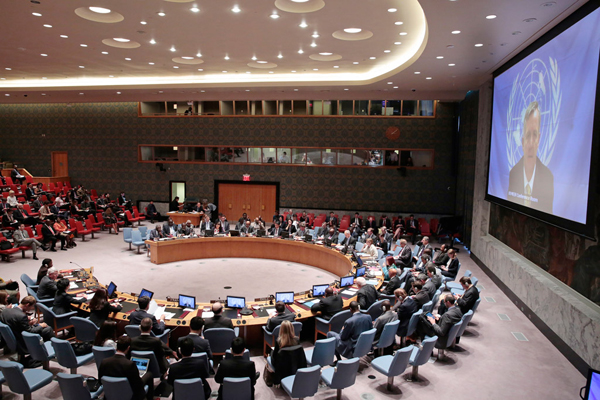In race against time, Member States must increase efforts to stop Ebola outbreak UN official