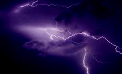 Cloud burst damages houses in Leh