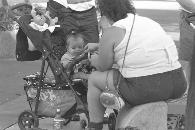 Babies born big more likely to become obese children, says study