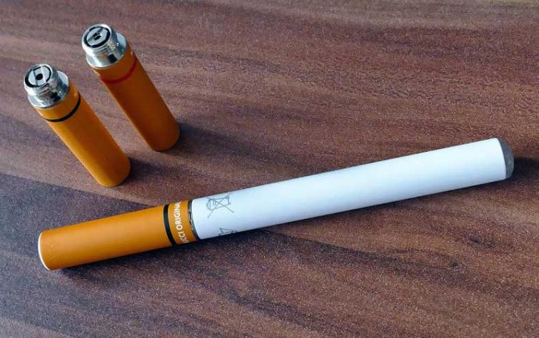 E-Cigarettes need stronger regulations to prevent youth access and use: American Academy of Pediatrics
