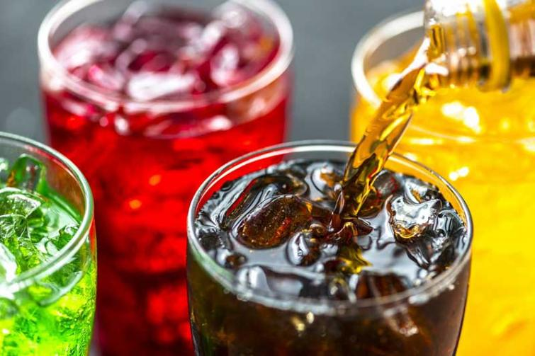 Children and teens who drink low-calorie sweetened beverages Do not save calories compared to those who consume sugary drinks: Study