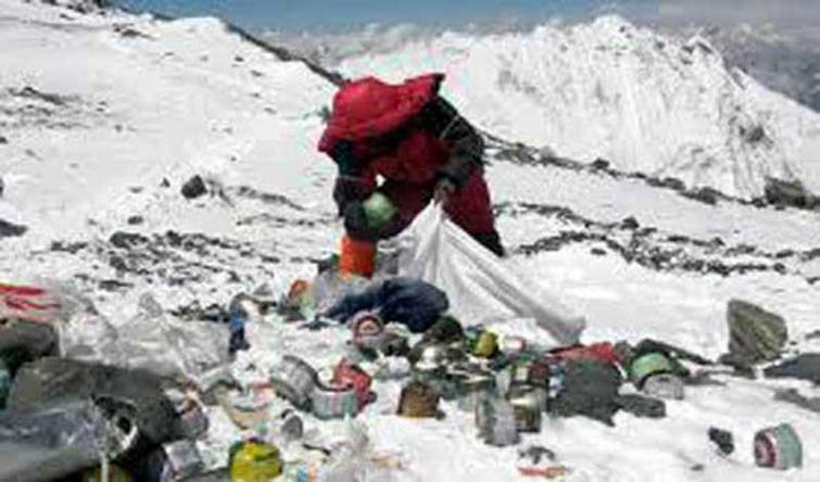 Nepal clears tonnes of trash from Mount Everest