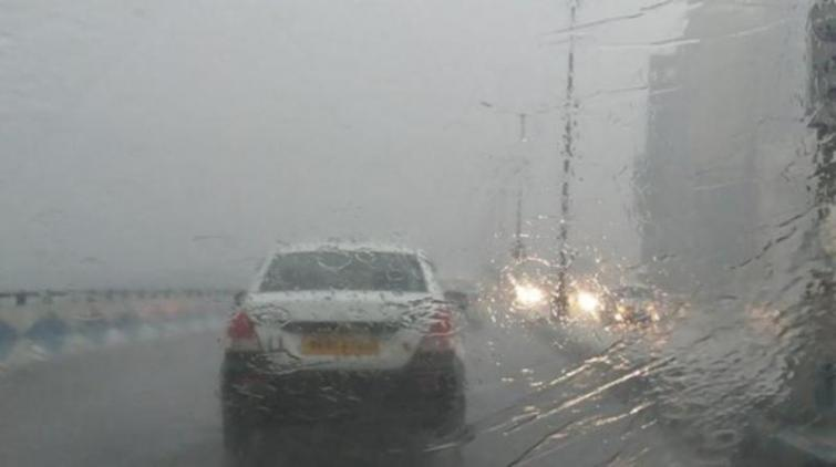 Spell of heavy to very heavy rainfall continues to hit Gujarat