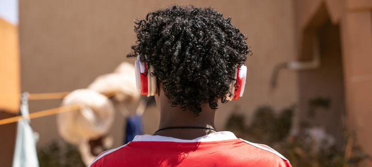 UN guidelines unveiled to prevent rising hearing loss among young smartphone listeners