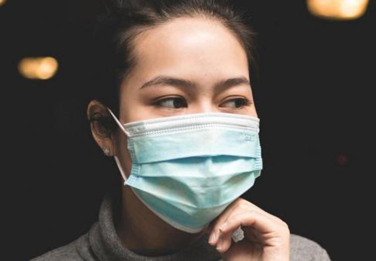 China's Hubei reports 423 new coronavirus cases