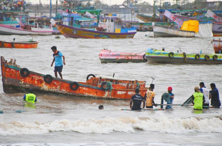 Maharashtra: 21,000 people in Palghar evacuated ahead of Cyclone Nisarga's landfall