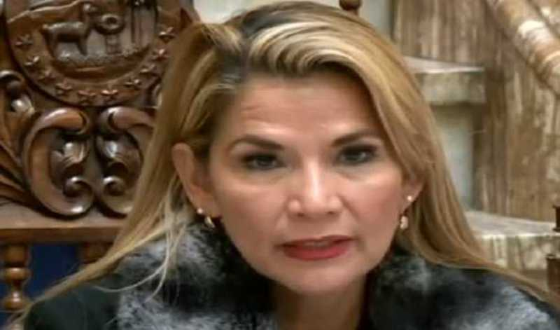 COVID-19: Bolivian Interim President tests positive