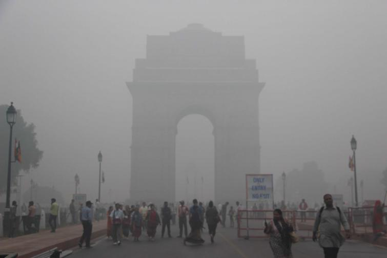 Delhi's air quality slumps to 'severe' category on Thursday, to improve between Friday and Sunday