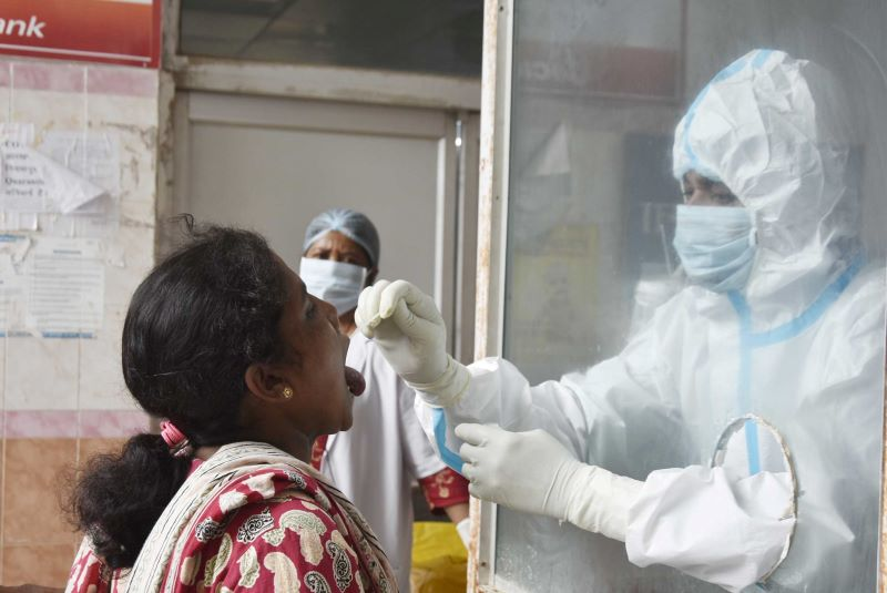 India reports over 70,000 Covid-19 cases in 24 hours, tally crosses 61 lakh