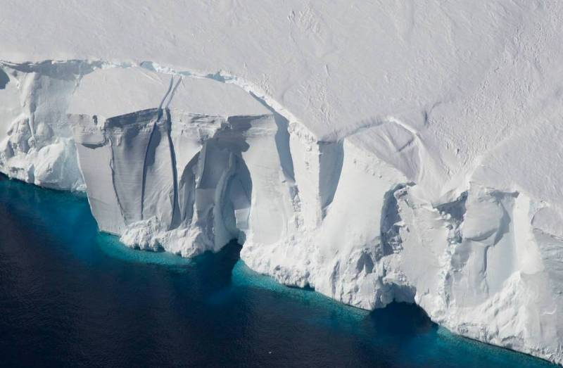 Emissions could add 15 inches to 2100 sea-level rise, NASA-led study finds