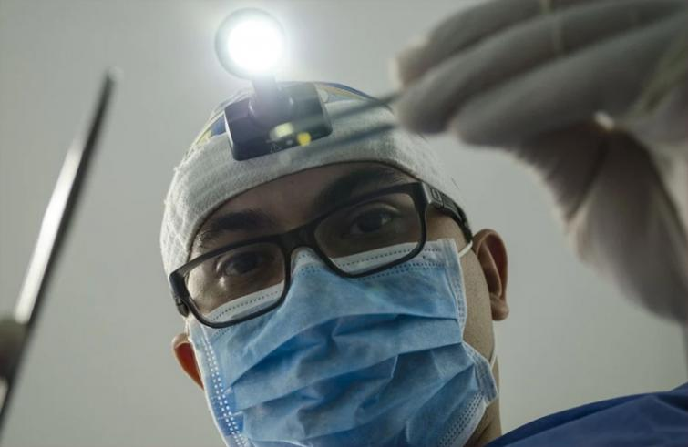 Rumours and spike in COVID-19 cases making situation tough for people, doctors in Pakistan, says BBC report