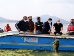 DDC Kashmir Chairman participates in Dal Lake cleanliness campaign