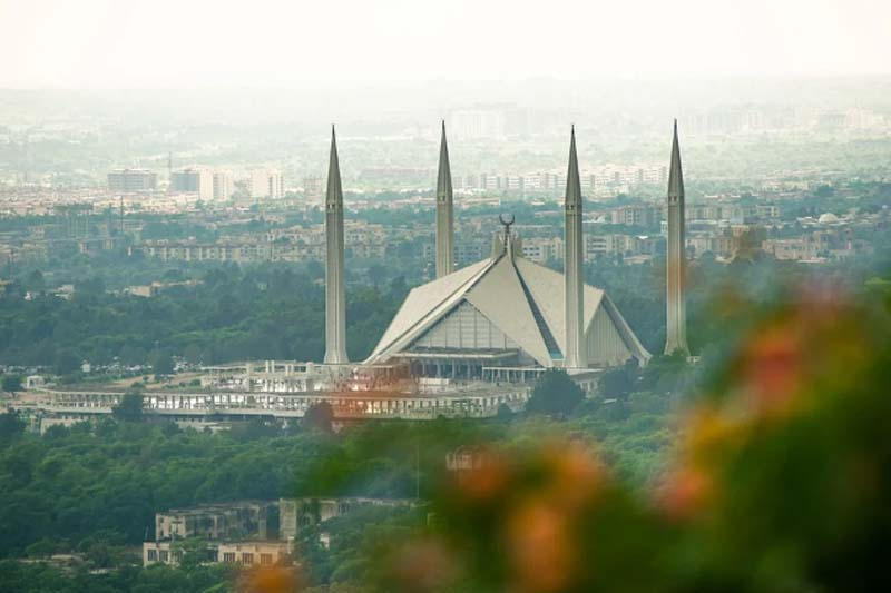 Pakistan: Islamabad authorities planning to impose smart lockdown as positivity rate hits 10.66 pct