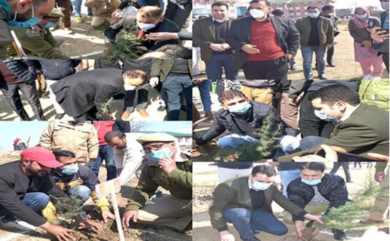 Jammu and Kashmir: DC Kulgam kick starts Green JK drive, plants saplings