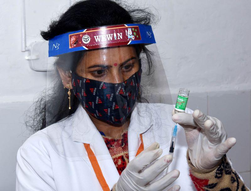Maharashtra's Satara stops vaccination after running out of doses: Reports