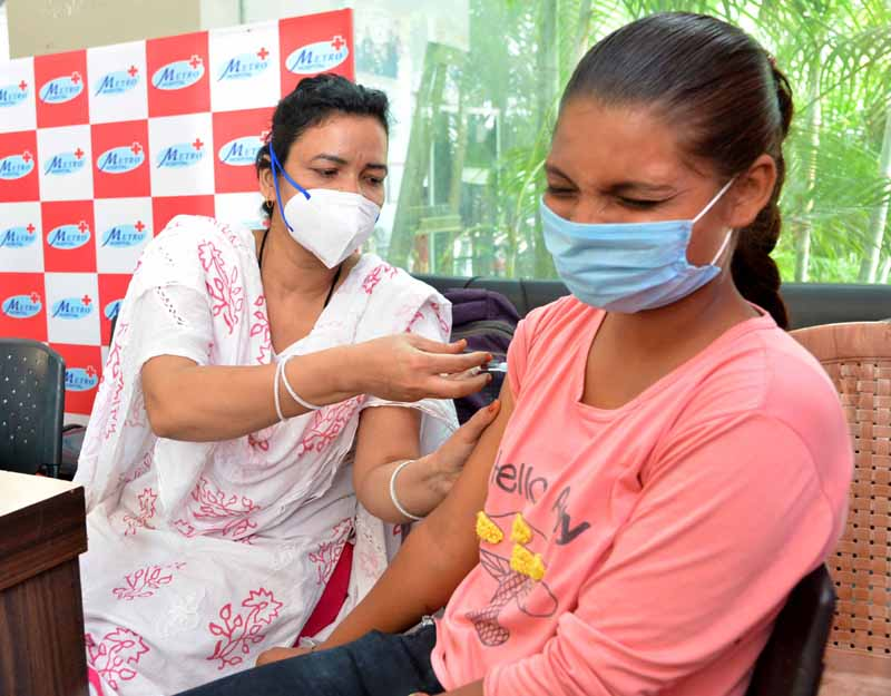 More than 1.57 cr COVID-19 vaccine doses still available with states: Health Ministry