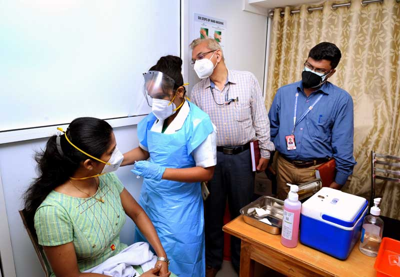 No fresh registration for healthcare workers to get Covid vaccine: Centre