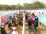 Kokuyo Camlin along with kids put together world's longest canvas