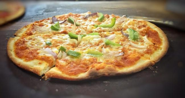 'Fired' N'Smoked' gourmet pizza delivery chain launched in Mumbai