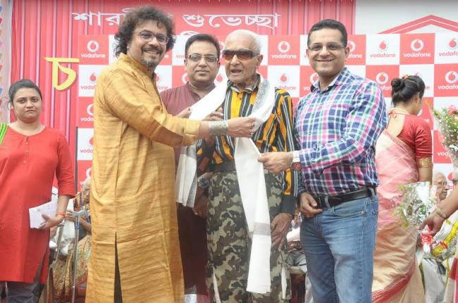 Vodafone in association with The Bengal spreads cheers among citizens in Durga Puja