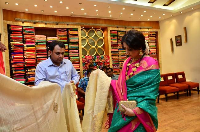 Simaaya introduces ready-to-wear sari for the upcoming festive season