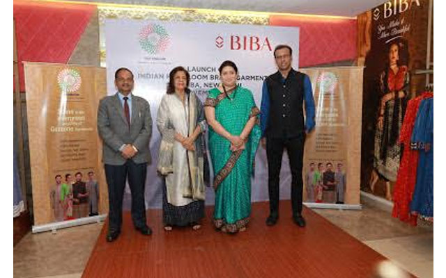 Union Textiles Minister unveils tie-up between India Handloom Brand and BIBA