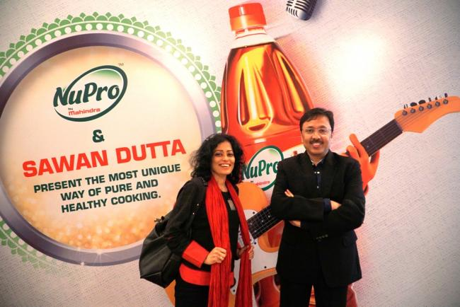 Mahindra NuPro and singer songwriter Sawan Dutta collaborate to produce video blogs on Bengali food