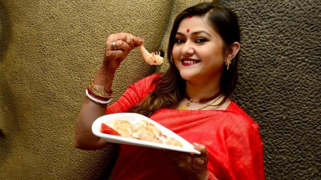 Kolkata: Tolly star Koneenica unveils new menu at Chowman