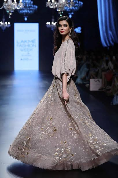 Diana Penty steals the show in a Payal Singhal ensemble at LFW 2017