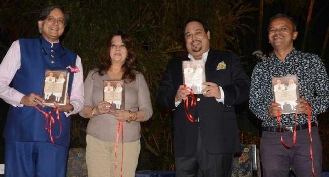 Kitabe launches Shashi Tharoor's The Paradoxical Prime Minister in Kolkata