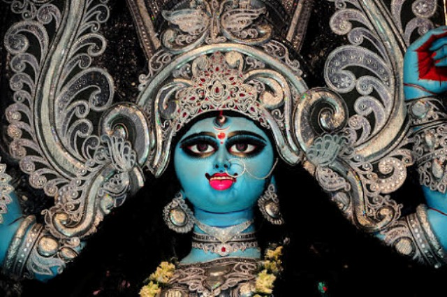 West Bengal observes Kali Puja today