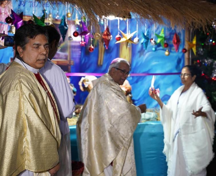 Mamata unveils crib set at the Portuguese Cathedral in Kolkata on Christmas