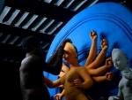 Kolkata: Shopping reaches frenzied level on eve of Mahalaya