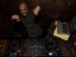 Get set for a dizzying start to the weekend with DJ Clement at Monkey Bar Kolkata