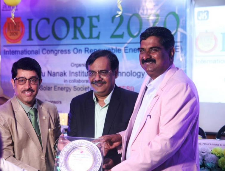 GNIT Flagship College of JIS Group receives award from Solar Energy Society of India (SESI)